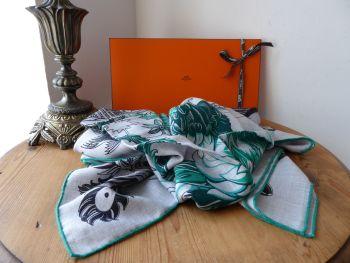 Hermés 140cm Chale Shawl Scarf 'Mythiques Phoenix' Coloriage in Cashmere Silk Gris Chiné/Noir/Vert - New