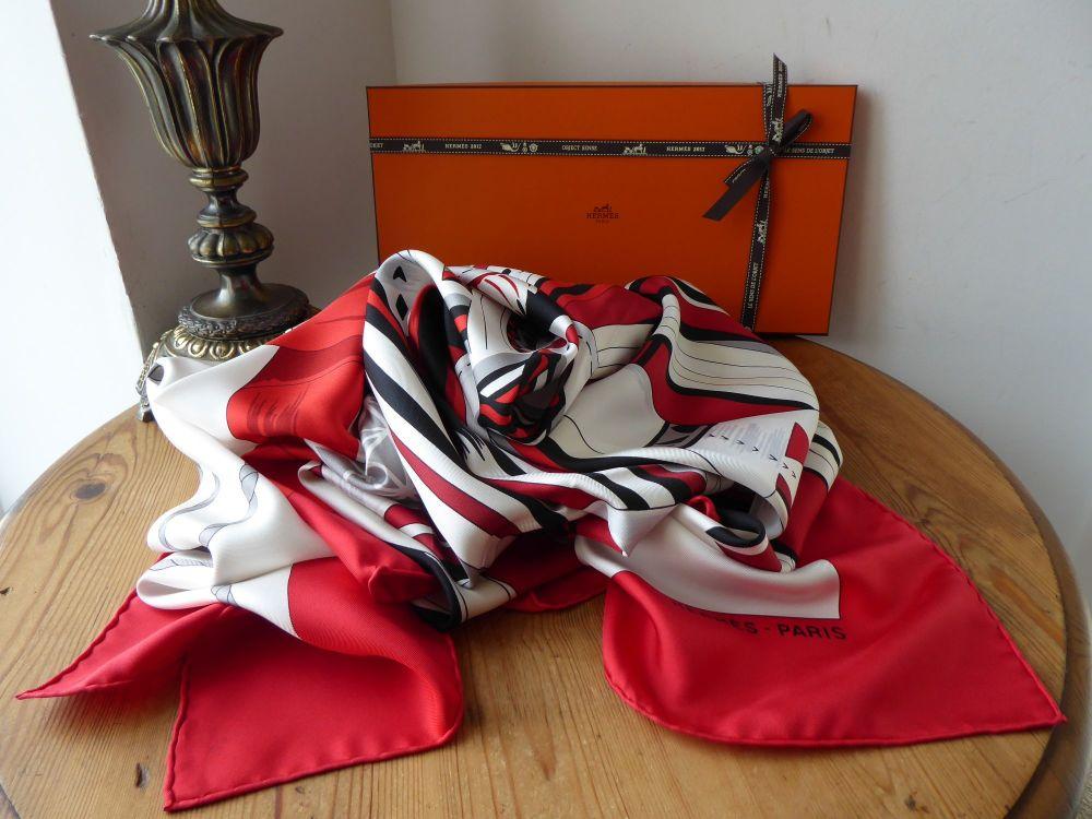 Hermés 'Cuir du Desert II' Carre Silk Twill Shawl 140cm in Rouge Blanc Noir