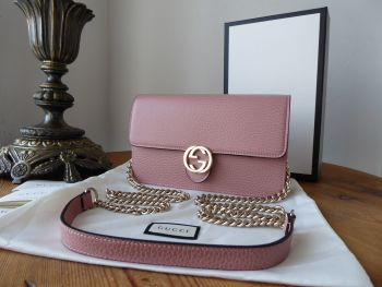 Gucci Shoulder Clutch Wallet on Chain in Blush Pink Grained Calfskin  - SOLD