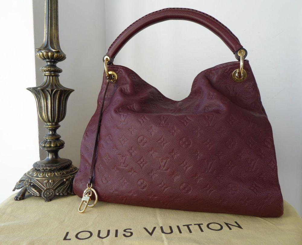 Louis Vuitton Artsy MM in Monogram Empreinte Flamme