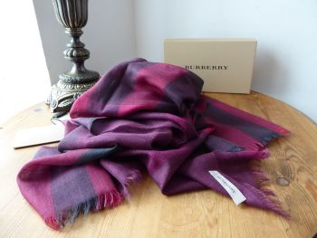 Burberry Gauze Giant Exploded Check Rectangular Scarf Wrap in Military Red Check Wool Silk Mix - As New*