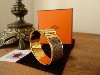 Hermès Large Hinged Bracelet Charniere In Gold and Lizard Cuir L Ombre - New