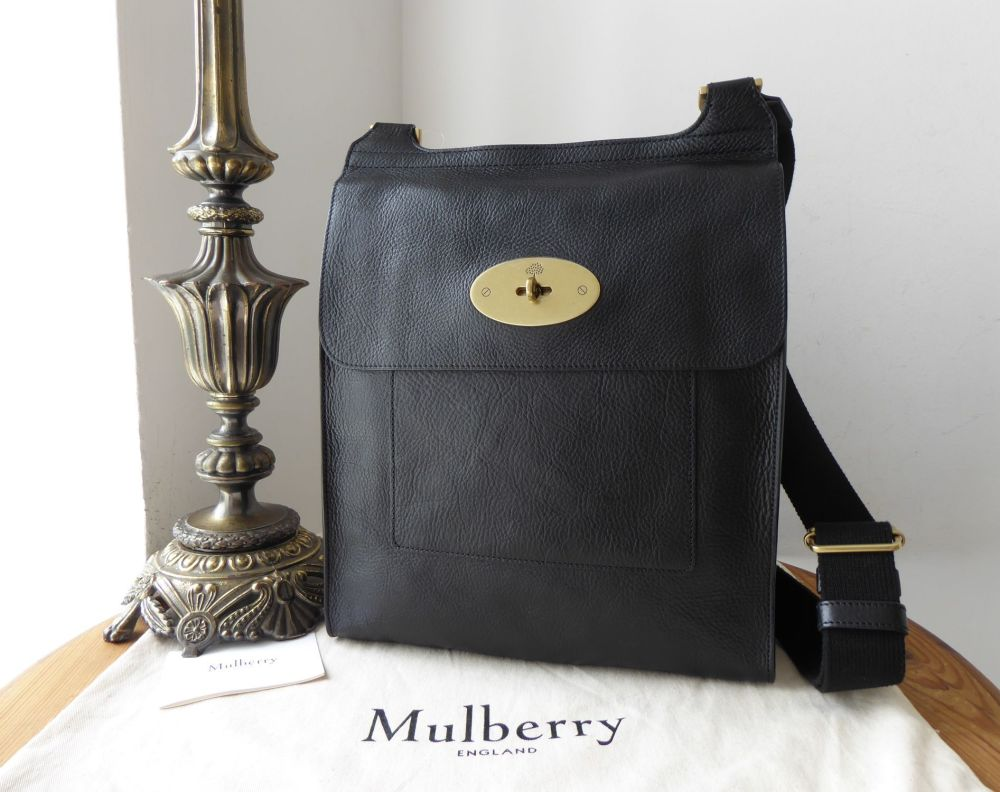 Mulberry Classic Heritage Large Antony Messenger in Black Natural Vegetable