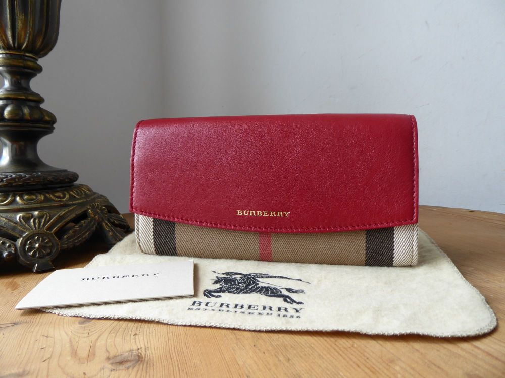 Burberry Porter Continental Flap Purse Wallet in House Check & Military Red