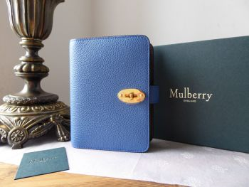 Mulberry Postmans Locked Pocket Book Agenda in Bicolour Porcelain Blue & Oxblood - New