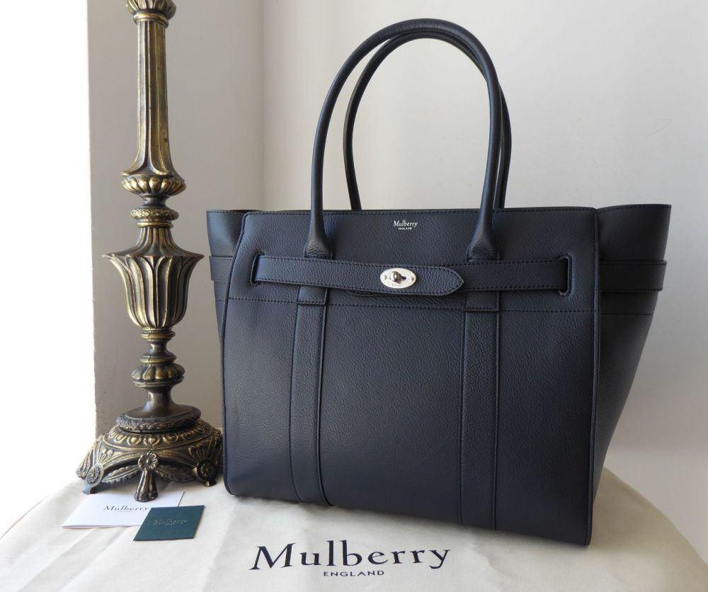 Mulberry Large Zipped Bayswater in Midnight Small Classic Grain with Brushe