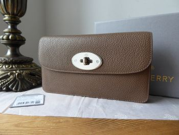 Mulberry Classic Long Locked Purse in Taupe Small Classic Grain with Silver Hardware - New*