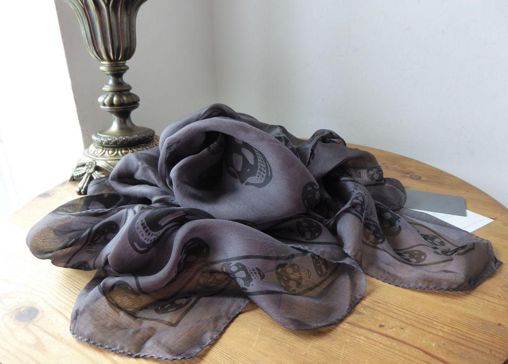 Alexander McQueen So Black Skull Scarf in Chiffon Silk - New