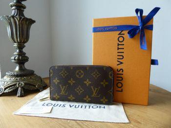 Louis Vuitton Medium Zippy Zip Around Purse Wallet in Monogram
