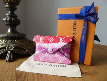 Louis Vuitton Limited Edition Escale Red Kirigami Single Small Envelope Pouch- New