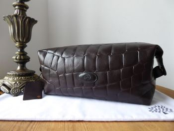 Mulberry Large Washbag Zipped Cosmetics Case in Chocolate Croc Printed Leather - New*