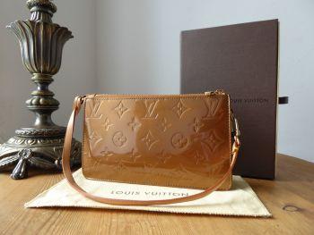 Louis Vuitton Lexington Pochette in Bronze Monogram Vernis & Vachette