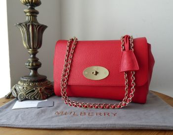 Mulberry Medium Lily in Hibiscus Red Small Classic Grain