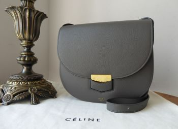 CÉLINE Trotteur Compact in Anthracite Grey Grained Calfskin