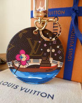 Louis Vuitton Limited Edition Illustre Vivienne Xmas Venice Gondola Bag Charm Key Holder - New