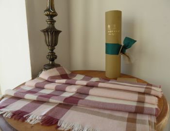 Burberry M Tonal Lightweight Check Scarf in Chalk Pink Cashmere Wool Mix - New