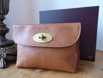 Mulberry Classic Locked Cosmetic Pouch in Oak Natural Leather