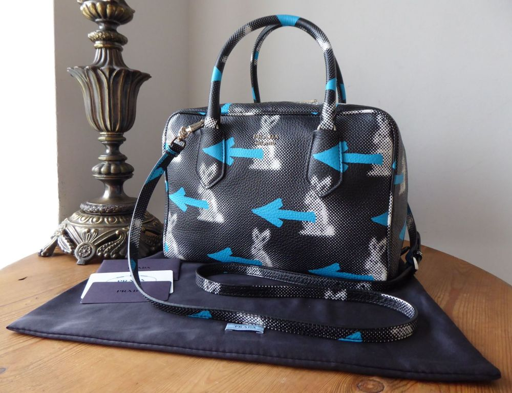 Prada St.Rabbit Double Zip Bauletto Inside Bag Boston in Nero Azzurro Di