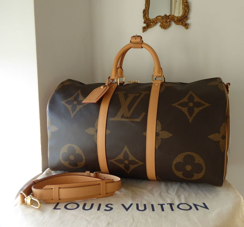 Louis Vuitton Limited Edition Keepall 50 Bandoulière in Giant Monogram Reve