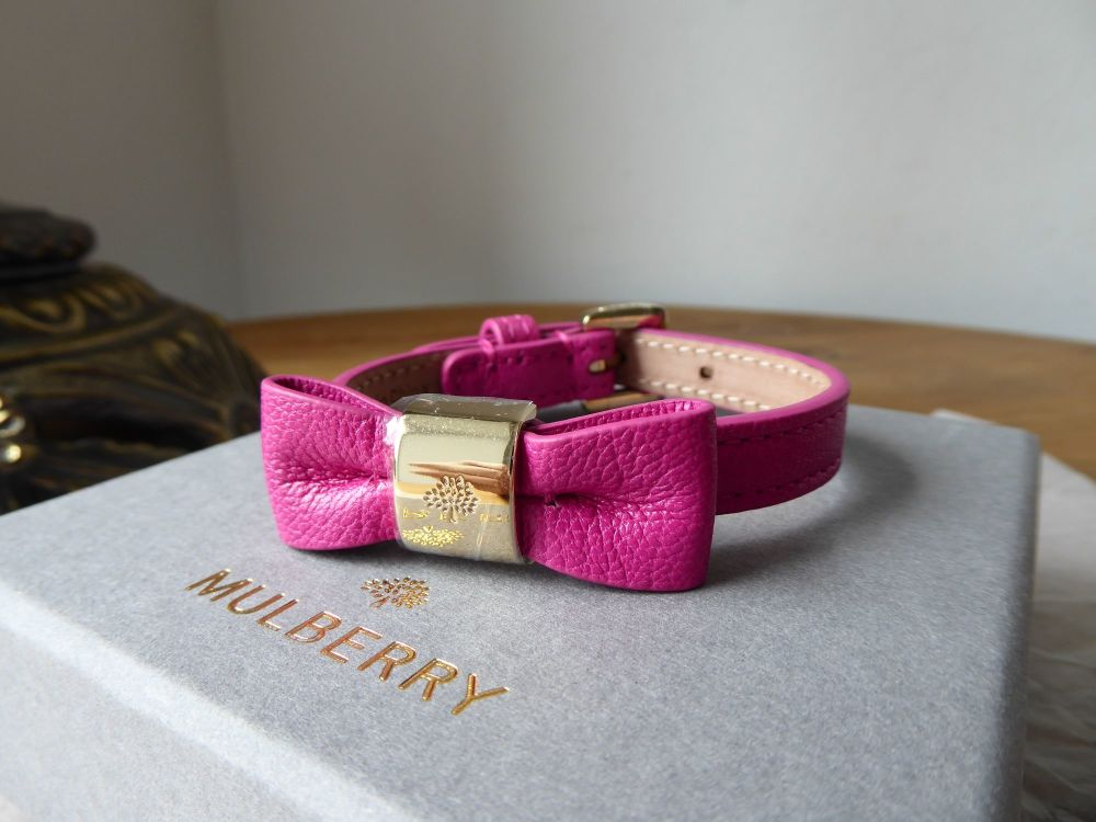 Mulberry Bow Bracelet in Mulberry Pink Glossy Goat - New