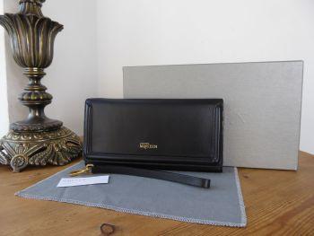 Alexander McQueen Heroine Wristlet Wallet Clutch in Black Soft Calfskin - As New*