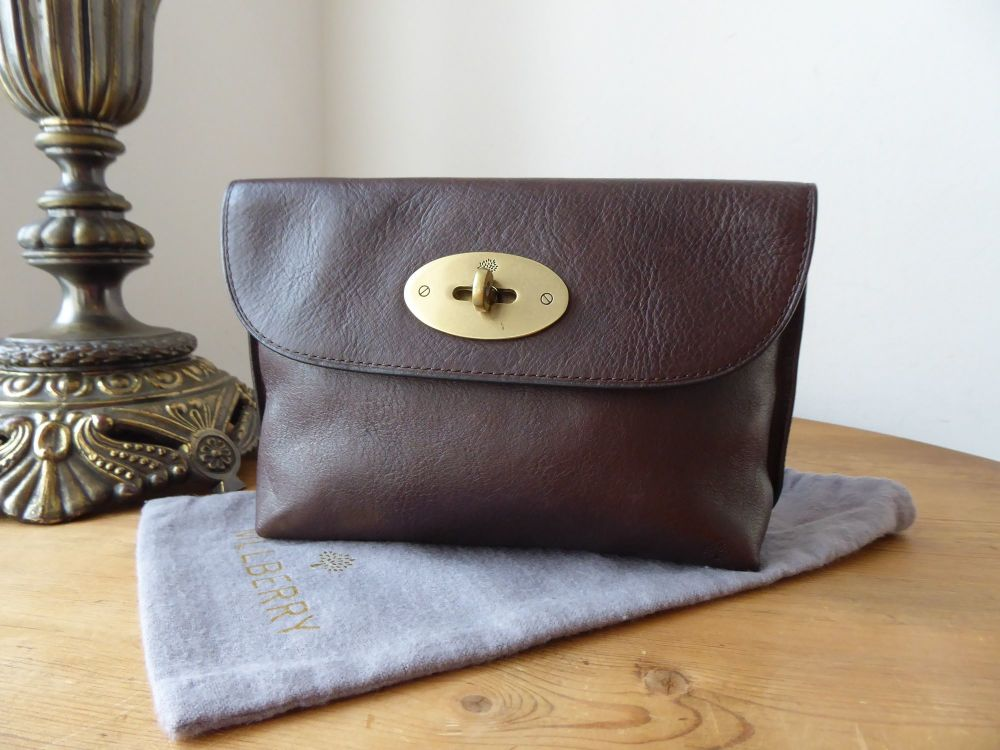 Mulberry Postmans Locked Cosmetic Pouch in Chocolate Natural Leather