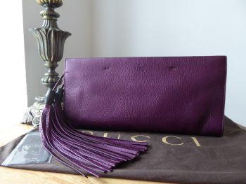 Gucci Large Nouveau Bamboo Tassel Clutch Bag in Amethyst Purple Metallic Calfskin - New