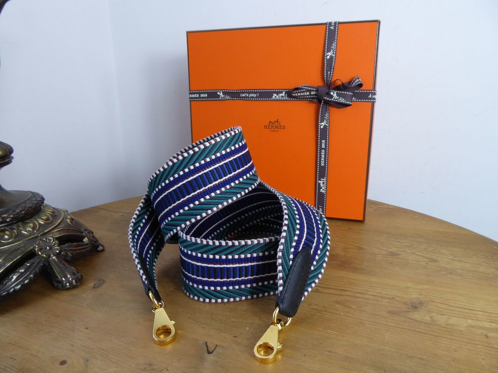Hermés Large Cavale Strap in Electric Blue Green and Noir Swift with Gold H