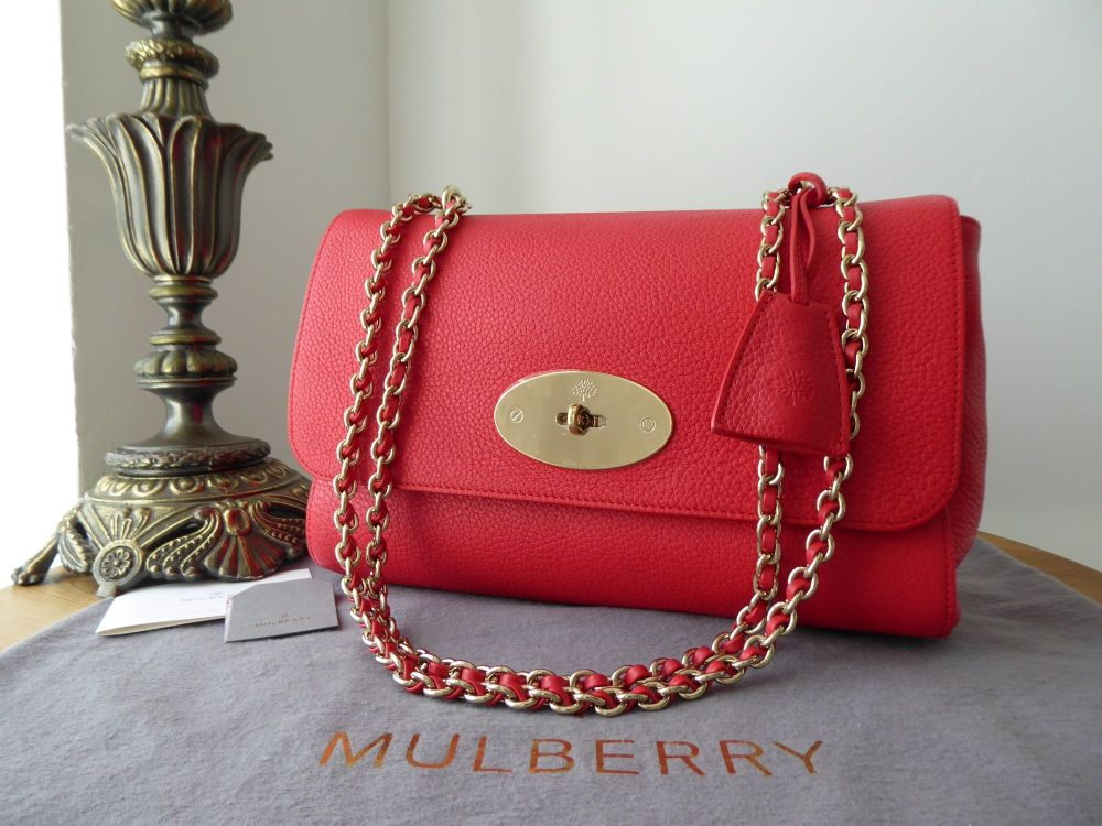 Mulberry Medium Lily in Hibiscus Red Small Classic Grain - New*