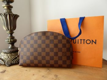 Louis Vuitton Cosmetic Pouch GM in Damier Ebene