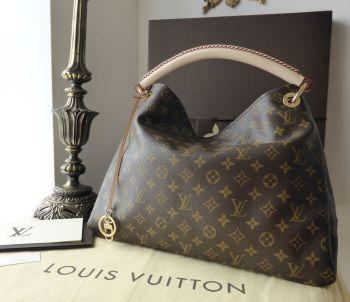 Louis Vuitton Artsy in Monogram Vachette - New