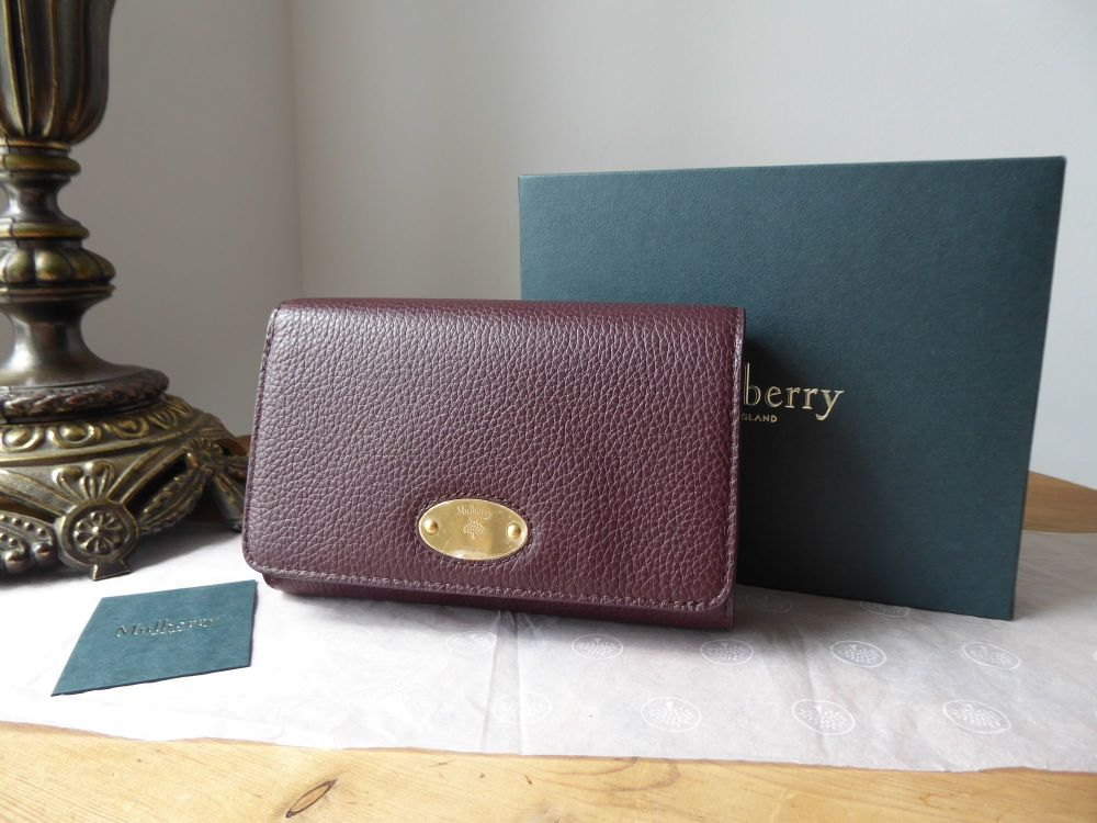 Mulberry Plaque Medium French Wallet Purse in Oxblood Small Classic Grain L