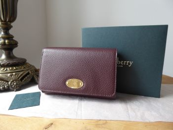 Mulberry Plaque Medium French Wallet Purse in Oxblood Small Classic Grain Leather - New*