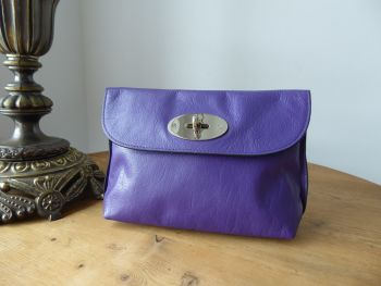 Mulberry Locked Cosmetic Pouch in Blueberry Soft Buffalo Leather