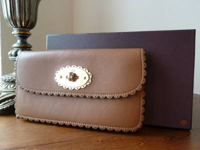 Mulberry Cookie Continental Purse in Oak Soft Matte Leather - SOLD