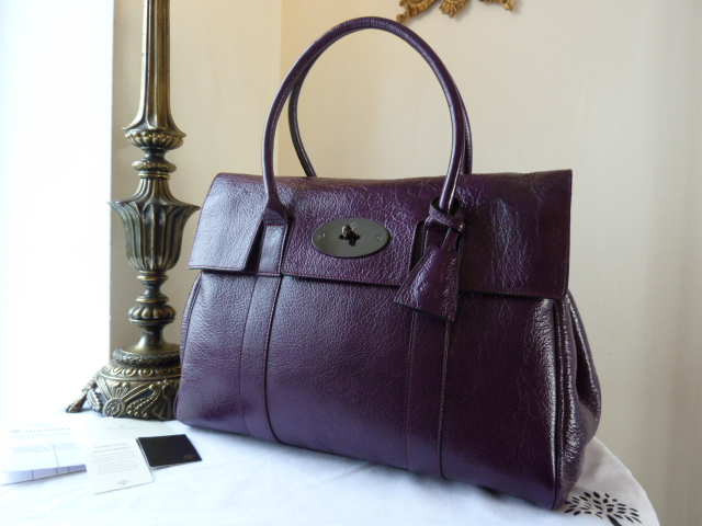 Mulberry Bayswater in Red Onion Pebbled Patent Leather - New