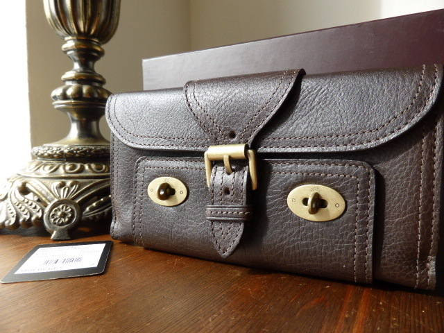 Mulberry Emmy Purse in Chocolate Darwin NEW