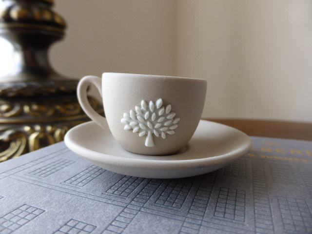 Mulberry Wedgewood Miniature Teacup - New