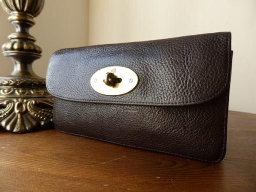 Mulberry Long Locked Purse in Chocolate Natural Leather