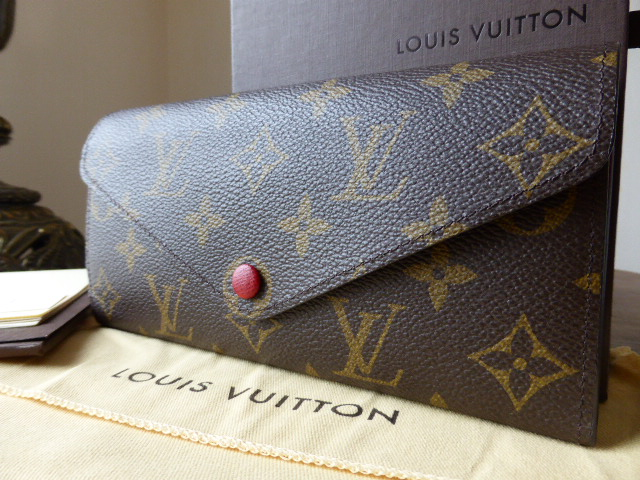 Louis Vuitton Elise Purse in Damier Ebene