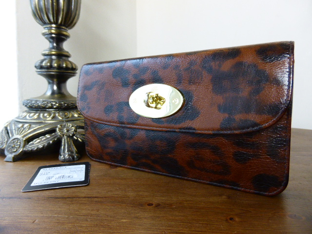 Mulberry Regular Alexa in Shiny Oak Leopard Print Leather