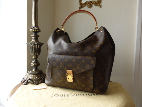 Louis Vuitton Boetie MM in Monogram