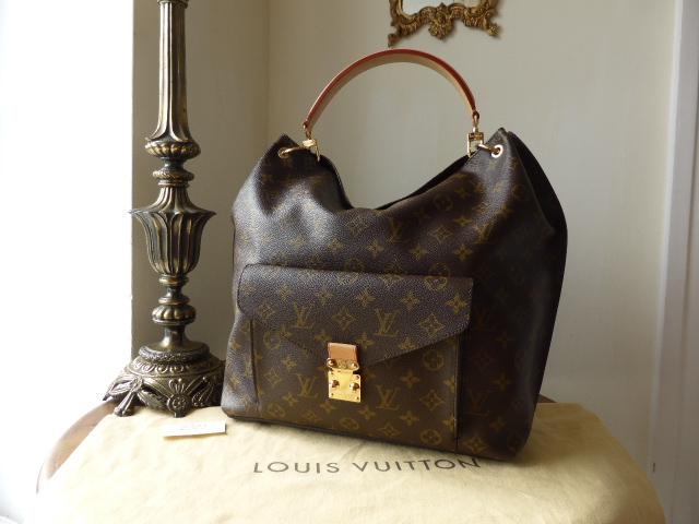 Louis Vuitton Boetie MM in Monogram