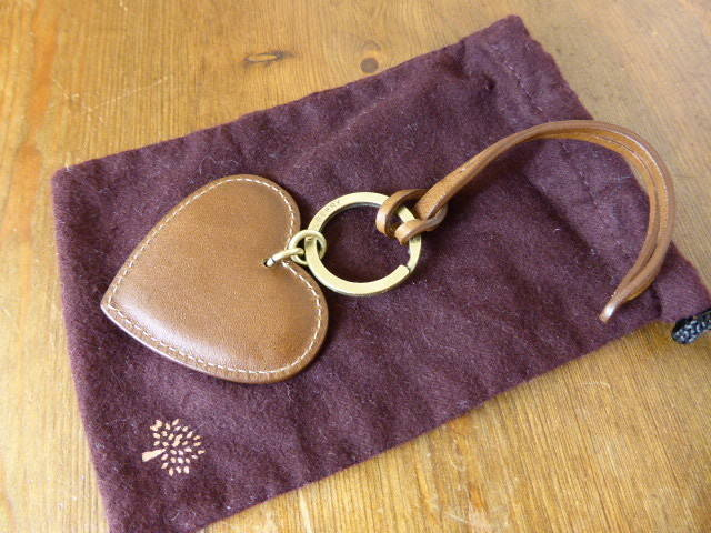 Mulberry Heart keyring Oak 2