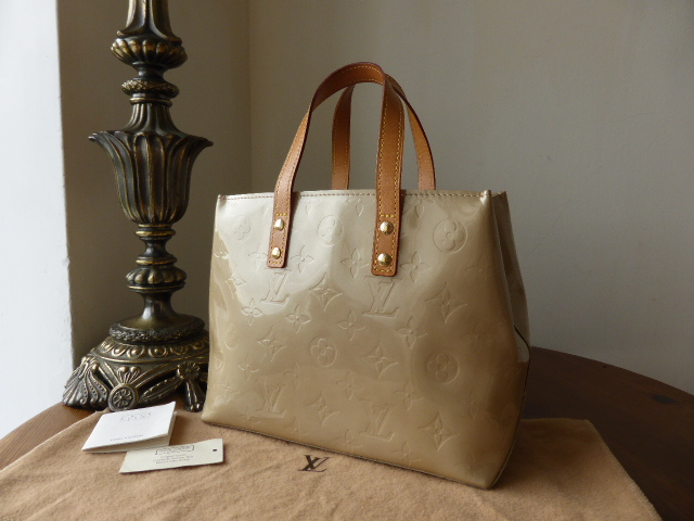 Louis Vuitton Reade PM in Pomme D'Amour Vernis - SOLD