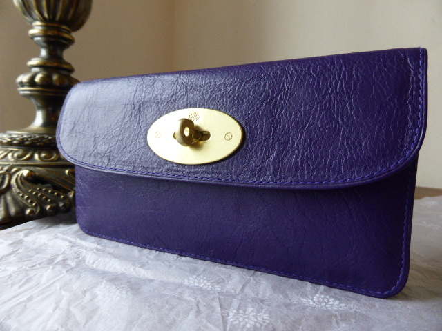 Mulberry Long Locked Purse in Grape ref 2
