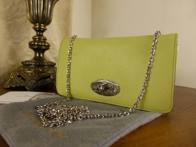 Mulberry Bayswater Clutch Wallet in Pistachio Glossy Goat - New