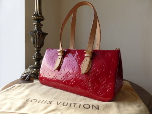 Louis Vuitton Rosewood in Pomme D'amour Vernis - As New