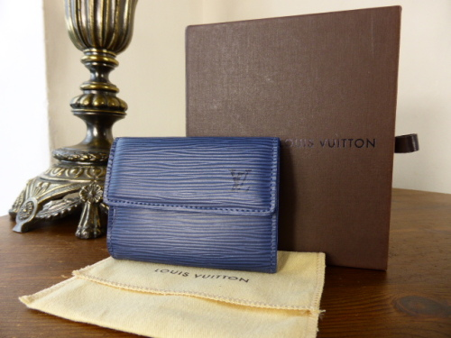 Louis Vuitton Ludlow Purse in Perle Vernis