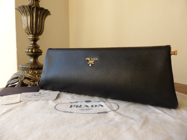 Prada Saffiano Purse in Nero- New